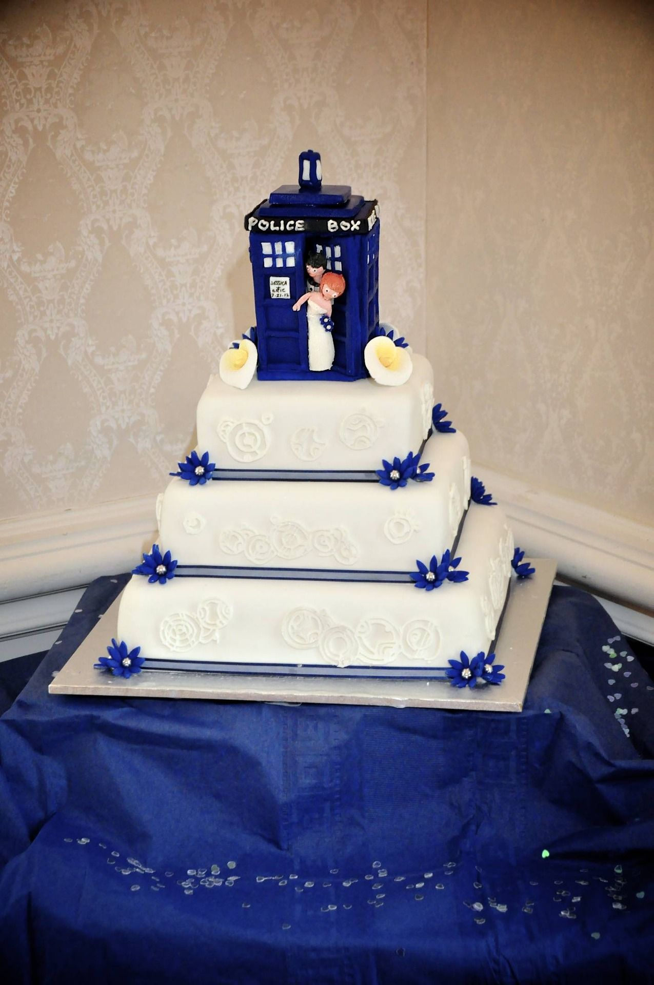 Tardis Wedding Cake Topper Eric And Jess S Why Yes That Is A