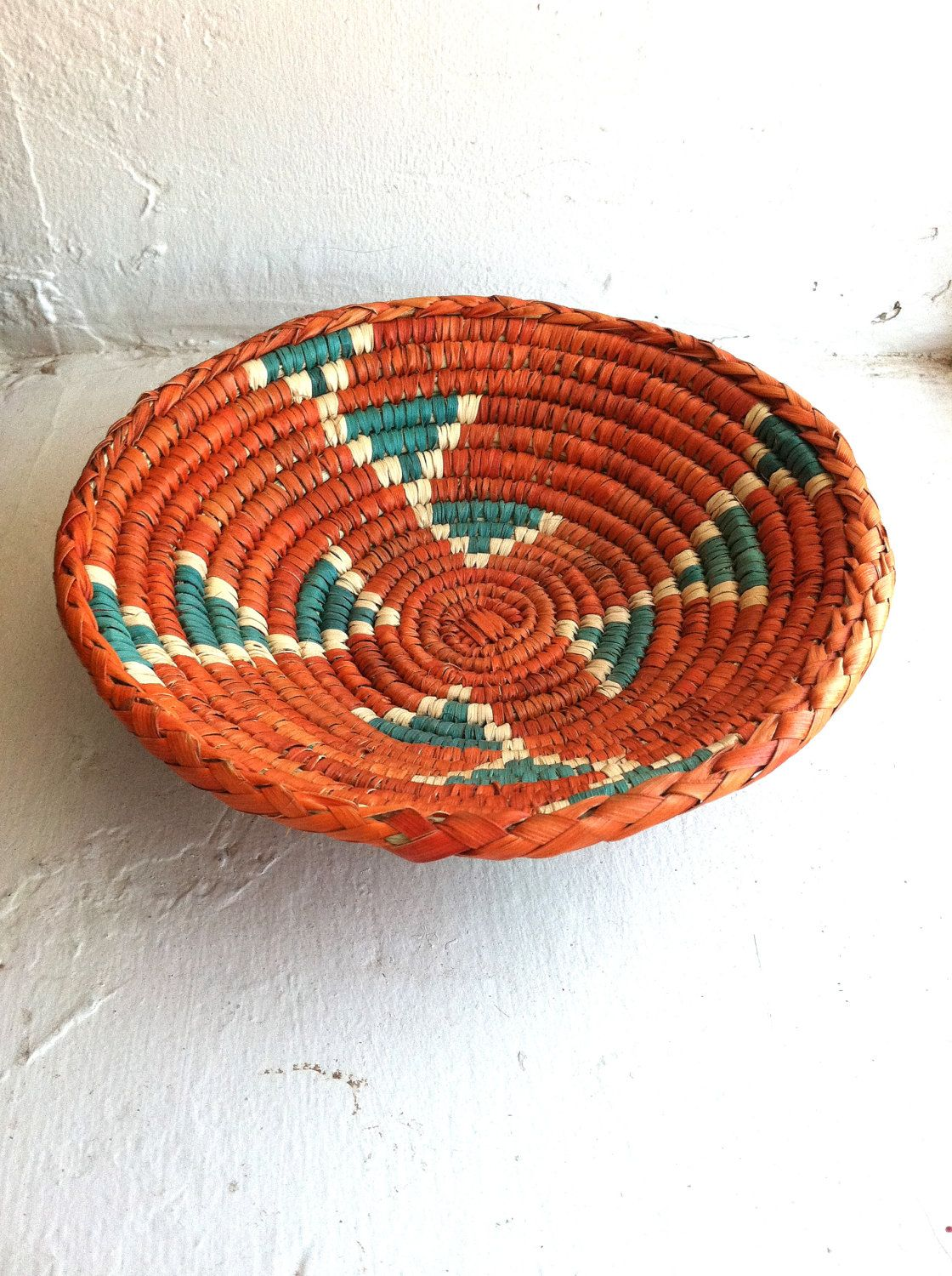 Traditional Native American Basket Weaving : Native american woven basket global life