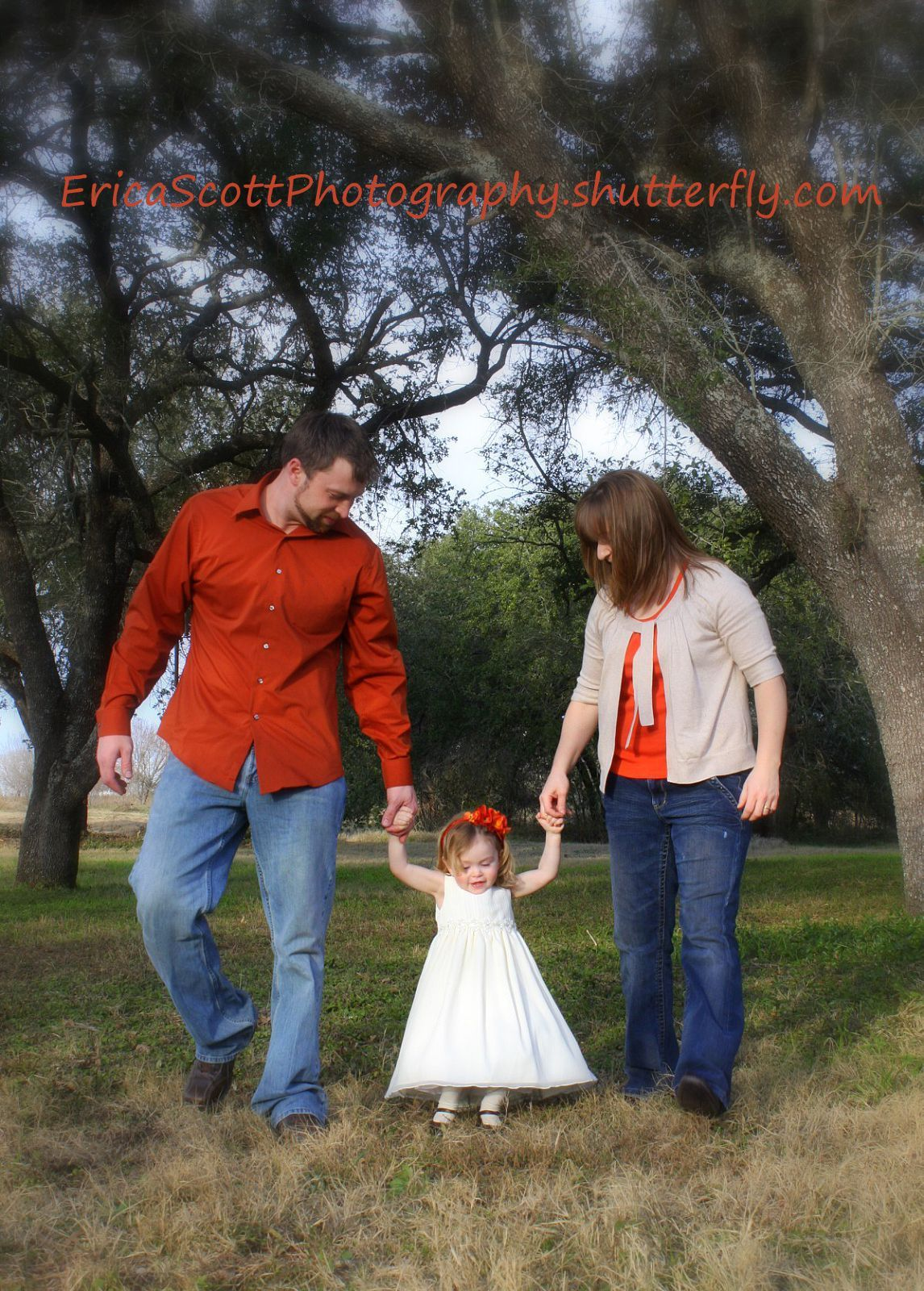 Family Outdoor Portrait Photography - Natural Lighting | Portraits ...