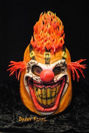 Halloween Scary Clown Pumpkin Sculpture By Danny Kissel