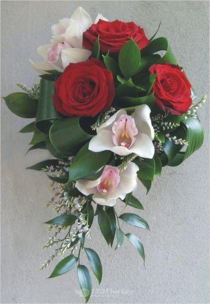 Buchet de mireasa cu trandafiri si orhidee de la 123flori