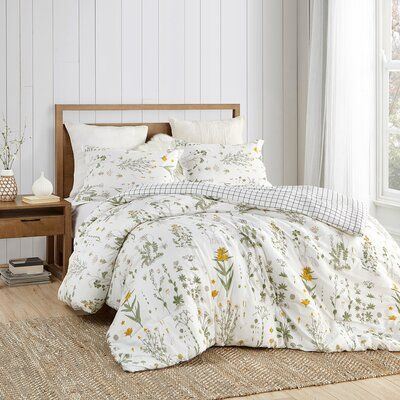 Gracie Oaks Kucharski Reversible Comforter Set Size Queen Comforter 2 Shams Room Ideas Bedroom Bed Comforter Sets Bedroom Design