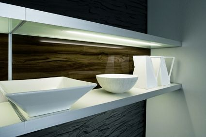 Estante iluminado con leds dise o de cocinas - Estantes de cocina ...