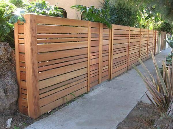 35 awesome wooden fence ideas for residential homes rebecca murphy modern wood fence. Black Bedroom Furniture Sets. Home Design Ideas