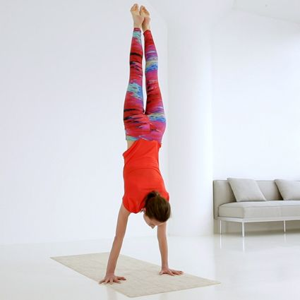 how tara stiles preps to balance in handstand  yoga