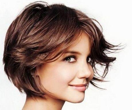Cheveux courts femme ou cheveux longs