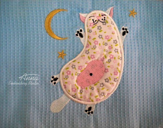 Sleeping cat applique design for embroidery machine products