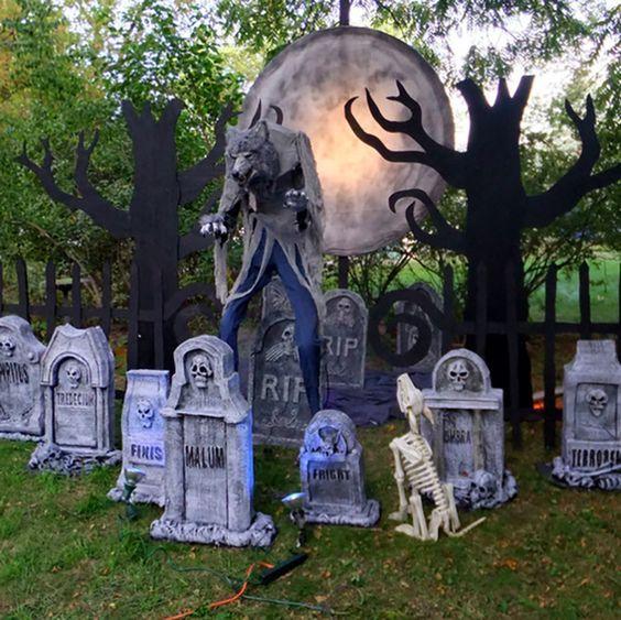 How To Create A Spooky Halloween Werewolf Scene