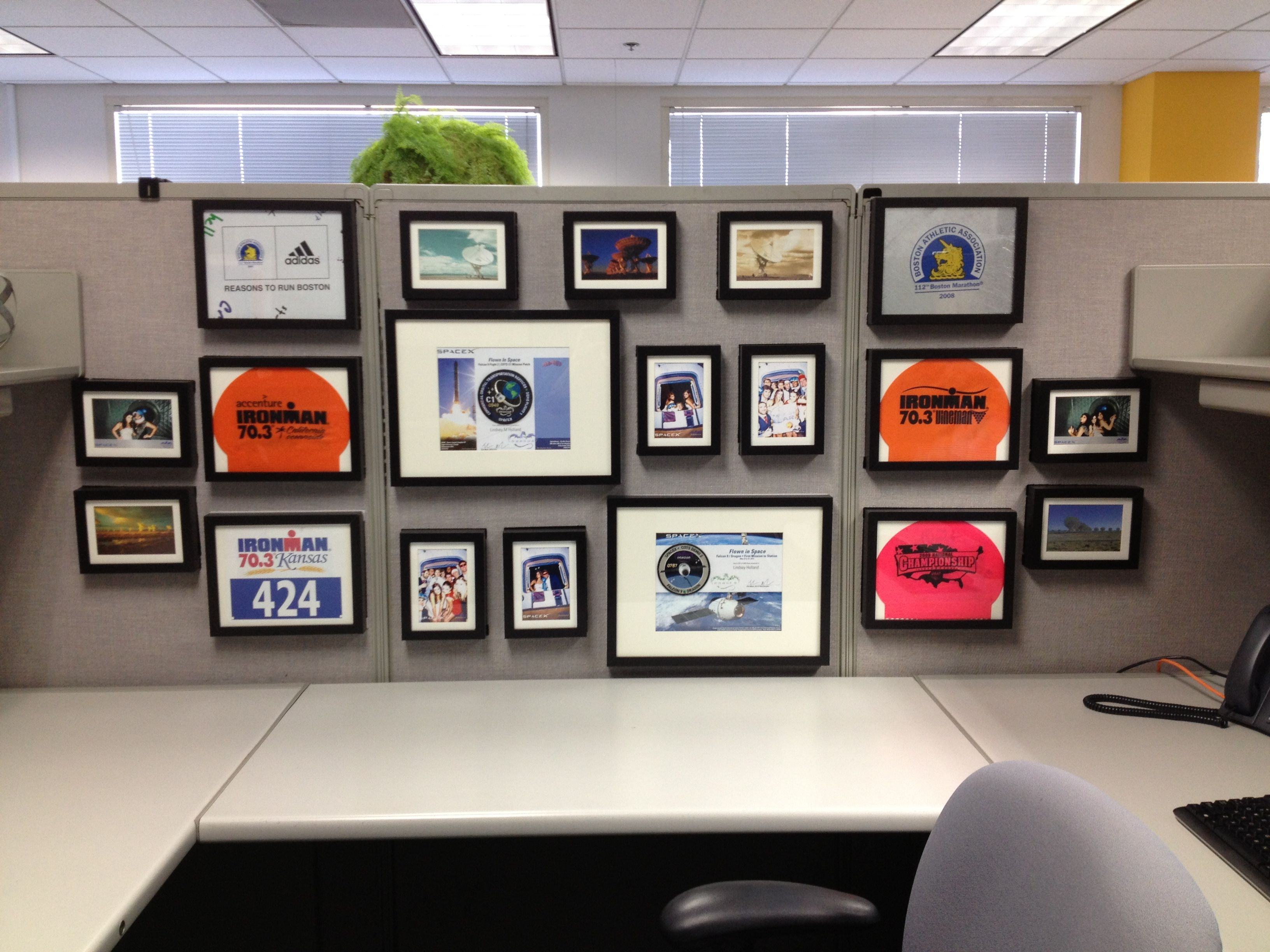 Keep Your Cubicle Walls Classy With Matching Frames In