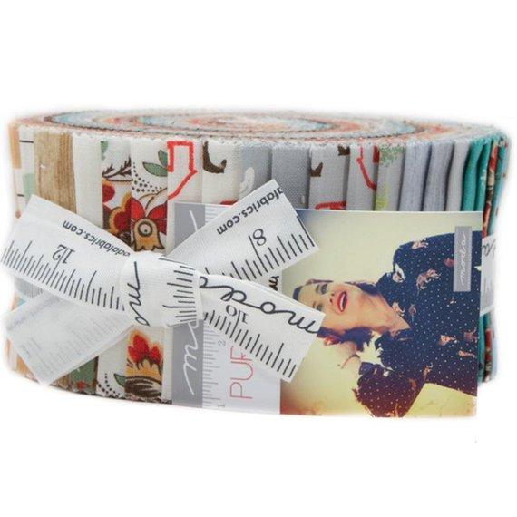"Moda Christmas Jelly Rolls 2.5/"" x 44/"" Pre-Cut Strips x 40 100/% Cotton Quilting"