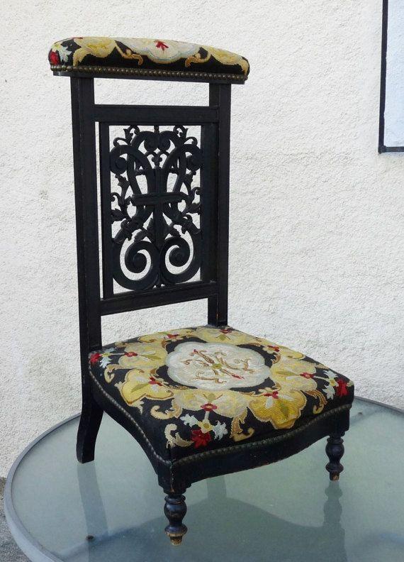 Antique Prayer Chair, French Prie Dieu, Napoleon III Era Circa 1860, Rare  Original Hand Woven Tapestry, Excellent Antique Condition - Antique Prayer Chair, French Prie Dieu, Napoleon III Era Circa