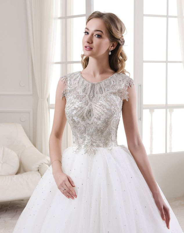 Buy wedding dresses online - collection II. Contact us to make an ...