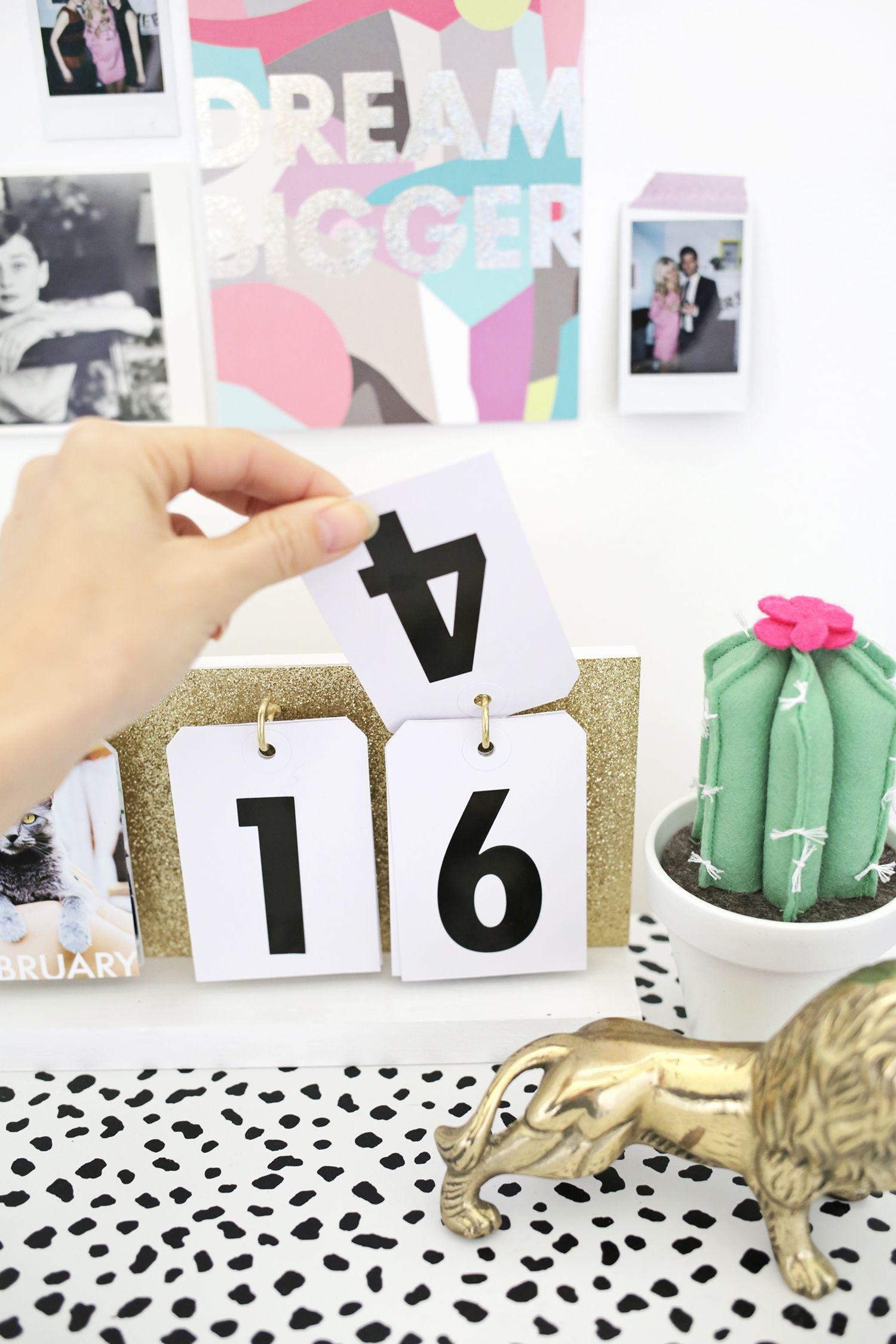 Perpetual Flip Calendar Diy Diy Calendar Diy Desk Calendar