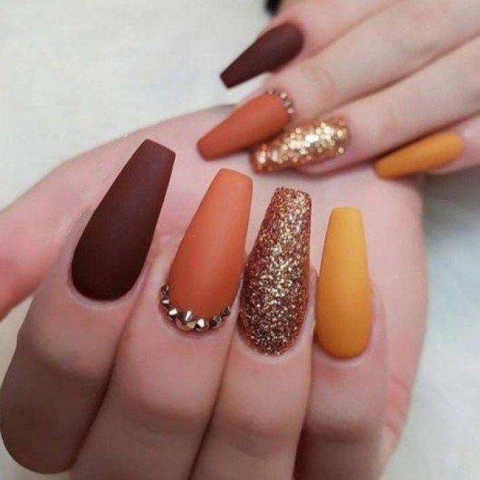 Trendy Fall Nails Art Designs Ideas To Look Autumnal And Charming Autumn Nail Art Ideas Fall Nai Fall Acrylic Nails Solid Color Nails Fall Nail Art Designs