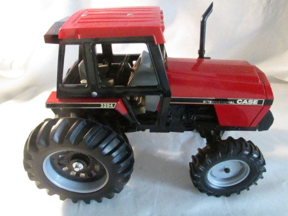 9444276f5b13b9724ba435526cf4b93d vintage ertl cub cadet lawn tractor diecast toy w plow and trailer Cub Cadet 100 at gsmportal.co