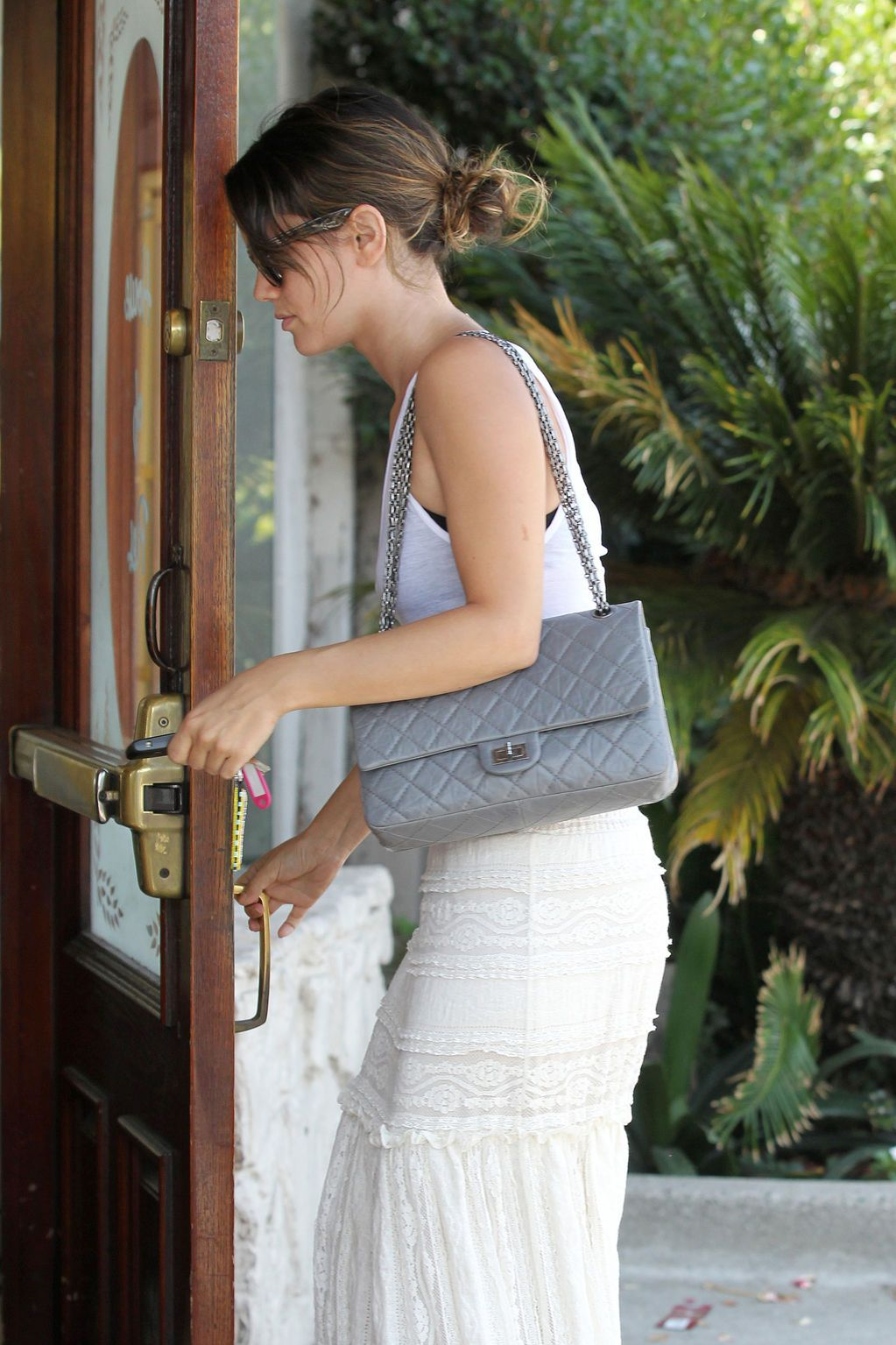 a18ff1b7f02d06 Chanel 10a Grey Reissue 226, SHW | Outfit | Pinterest | Gray, Chanel ...