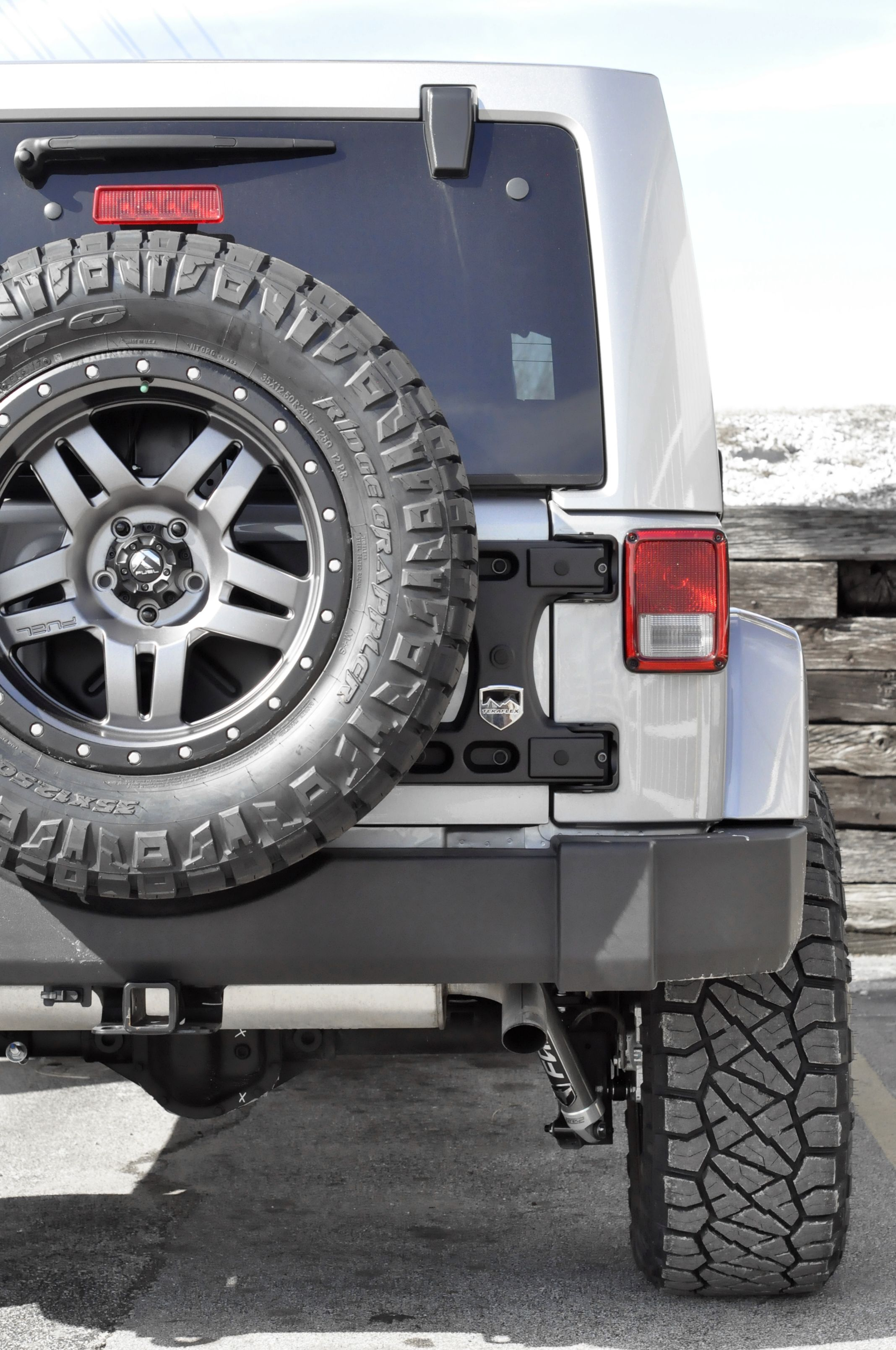 The Rugged Beauty Of A Jeep Wrangler Axleboy Added A 2 5 Inch