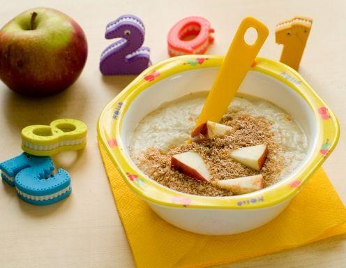 Delicious Homemade Apple Porridge Baby Food   Baby food ...