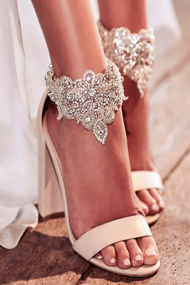 e1cb379fb75163 Comfortable Wedding Shoes That Are Oh-So-Stylish ❤ See more  http