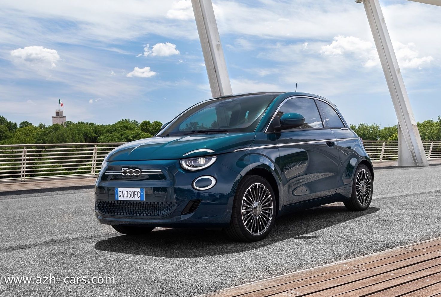 Fiat 500 la Prima Review, Specs and Price 2021 in 2020