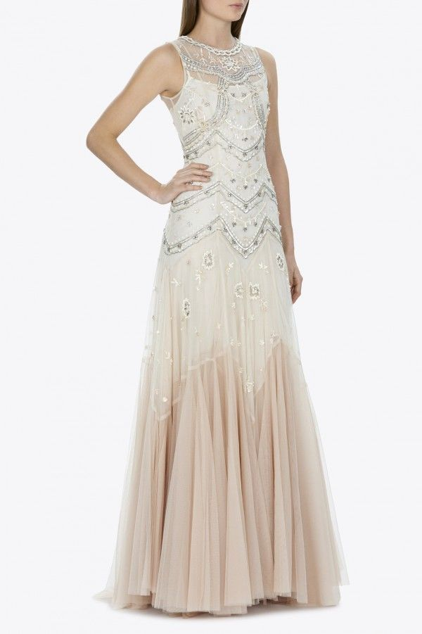 BRIDAL TULLE V-CUT GOWN