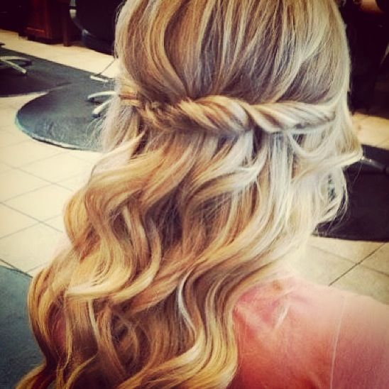 This Is A Simple Hairstyle All You Need Is A Couple Of Bobby Pins