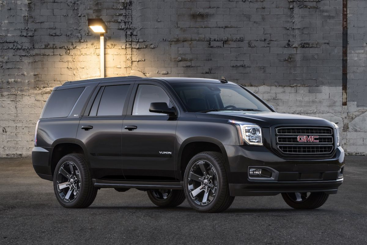 2019 Gmc Yukon Bags Two Graphite Editions Gmc Yukon Gmc Yukon