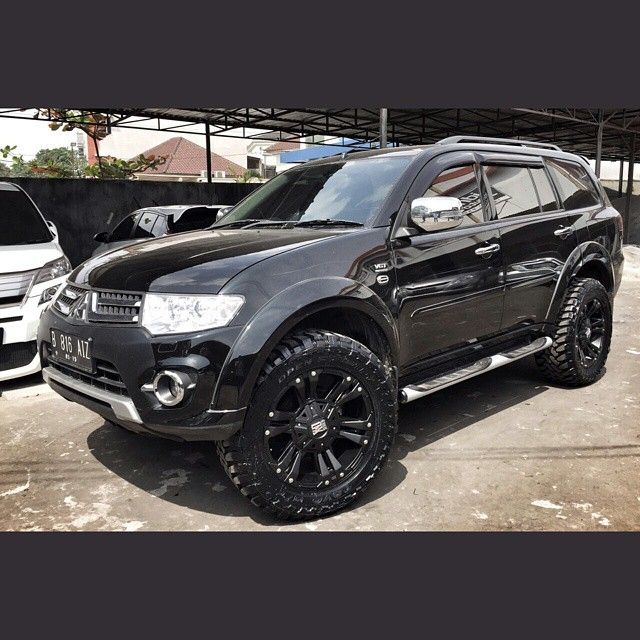 Mitsubishi Pajero Sport With Off Road Tyres Google Search Mobil Desain