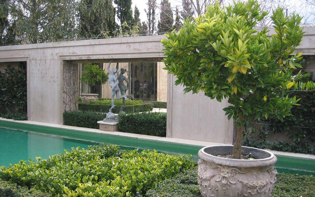 kenley court, melbourne Classic garden, Formal gardens