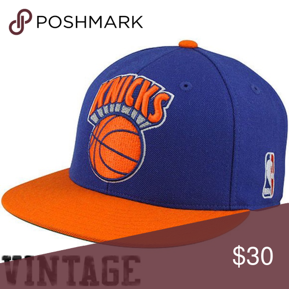 super popular 59209 024da Mitchell   Ness Two Tone New York Knicks SnapBack This Mitchell   Ness Two  Tone New York Knicks Hardwood Classics Snap Back Hat is New Without Tags in  ...