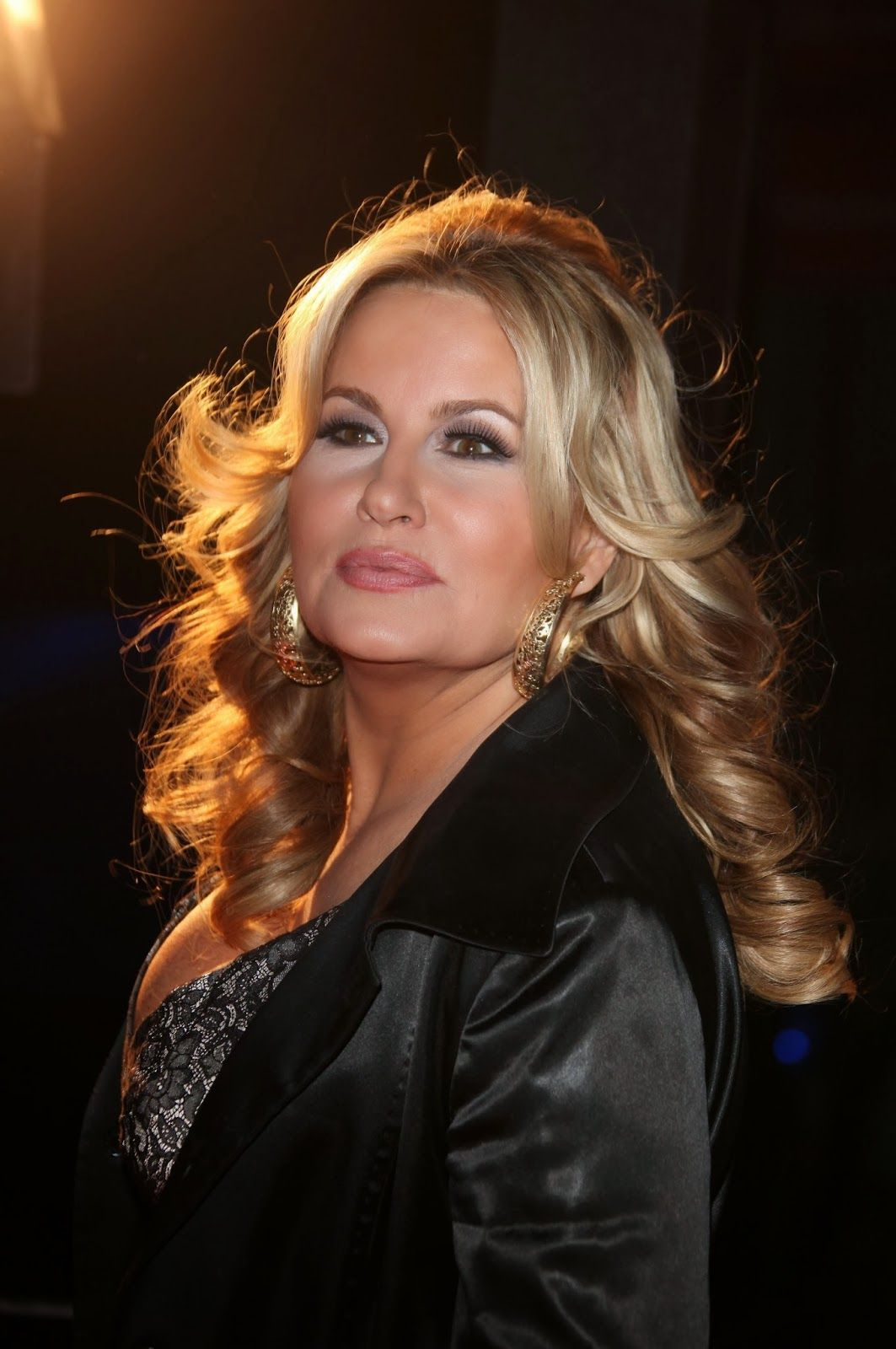 Jennifer Coolidge Nude Photos 17