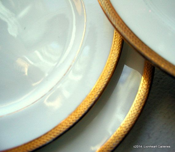 Set of 5 Vintage Royal Doulton China Side Plates White Gold Trim 1950u0027s Dinnerware on Etsy $20.00 & Set of 5 Vintage Royal Doulton China Side Plates White Gold Trim ...