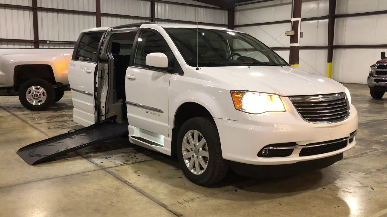 2016 Chrysler Town Country Side Entry Wheelchair Accessible Ramp
