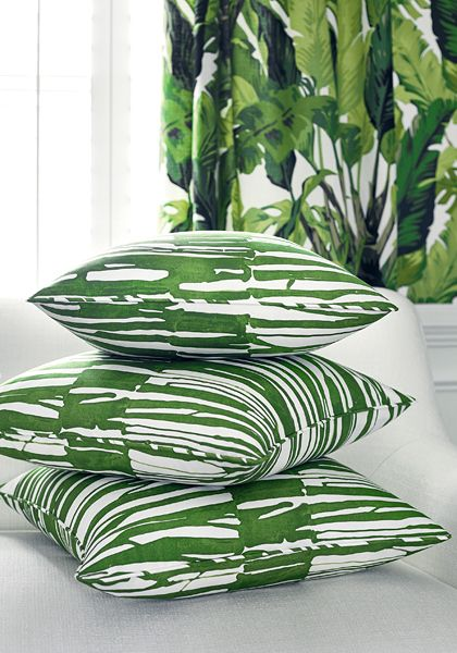 Thibaut Fabric Ischia in Emerald Green (F910114) from the