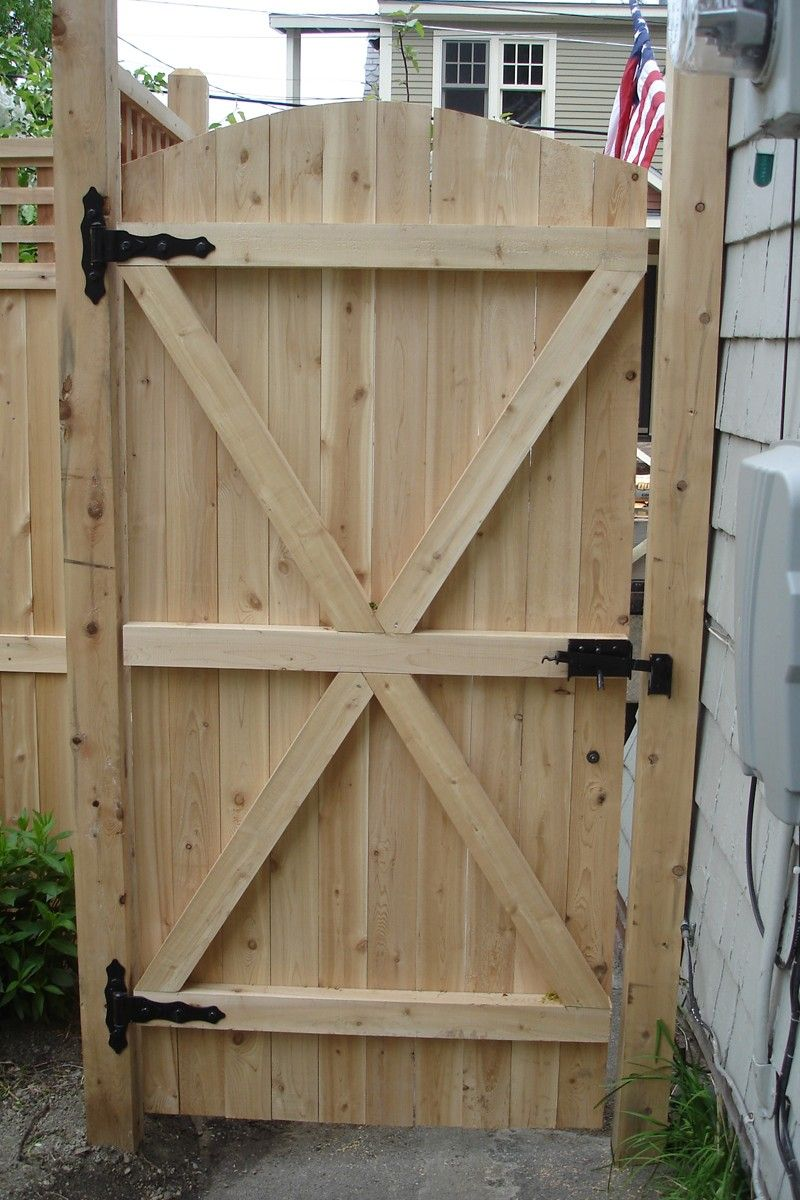 Galvanized steel frame drive gate fence dallas wood gate - Charming Fence Gate Designs To Take Into Protect Your Home Naturally Fence Gate Design Featuring Classic Solid Wood Fence Gate And Black Steel Fence Gate
