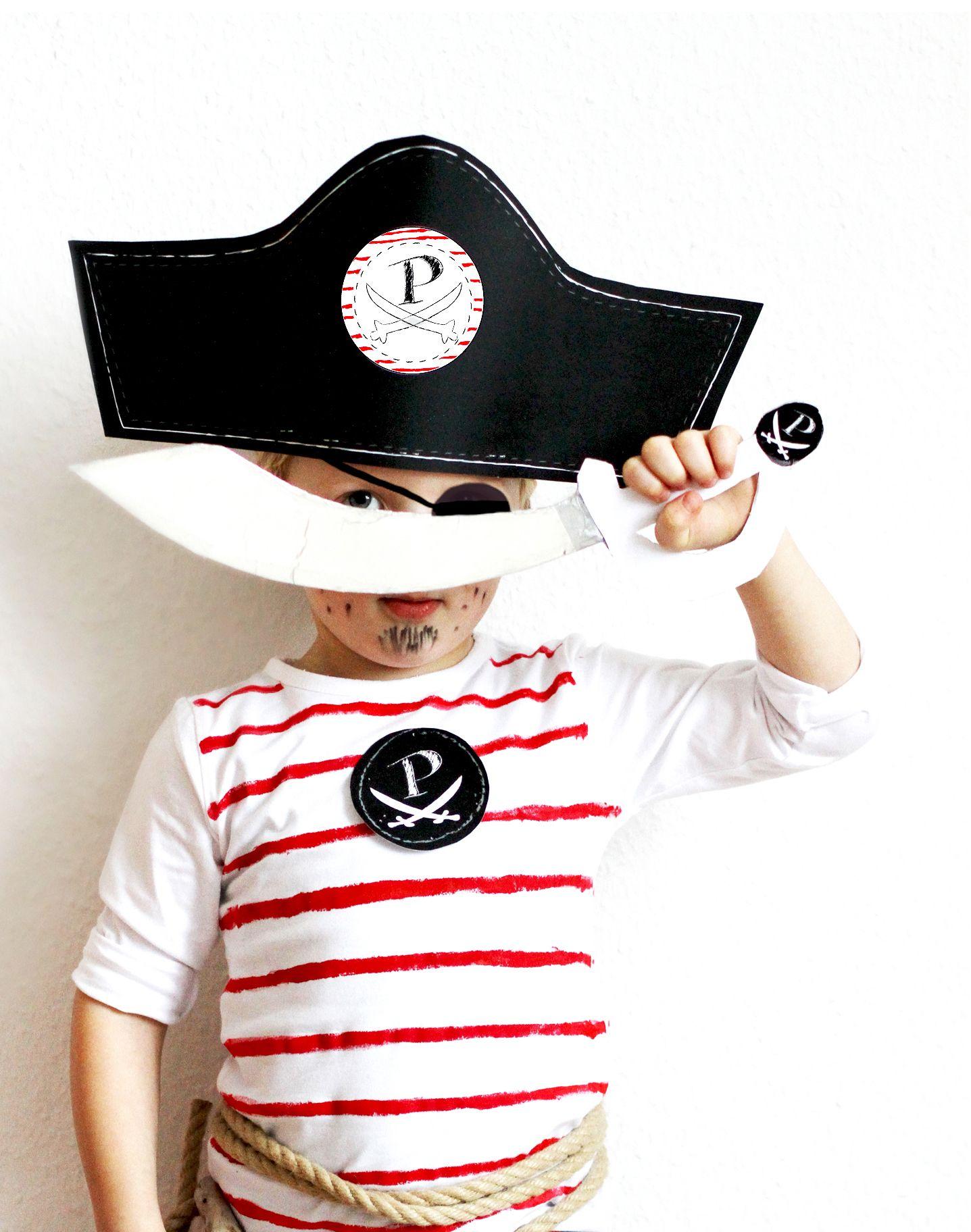 diy piraten kost m einfach selber machen costume kinder kost me. Black Bedroom Furniture Sets. Home Design Ideas