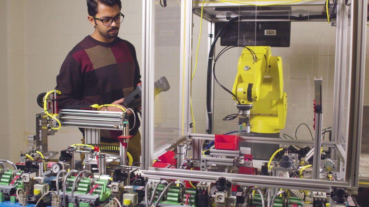 STEM Students Specialize in Mechatronics Mechatronics
