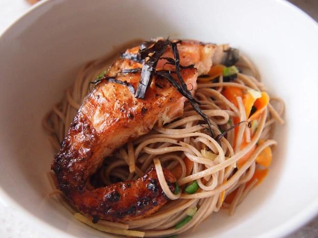 Teriyaki Salmon with Soba Noodle Salad #teriyakisalmon