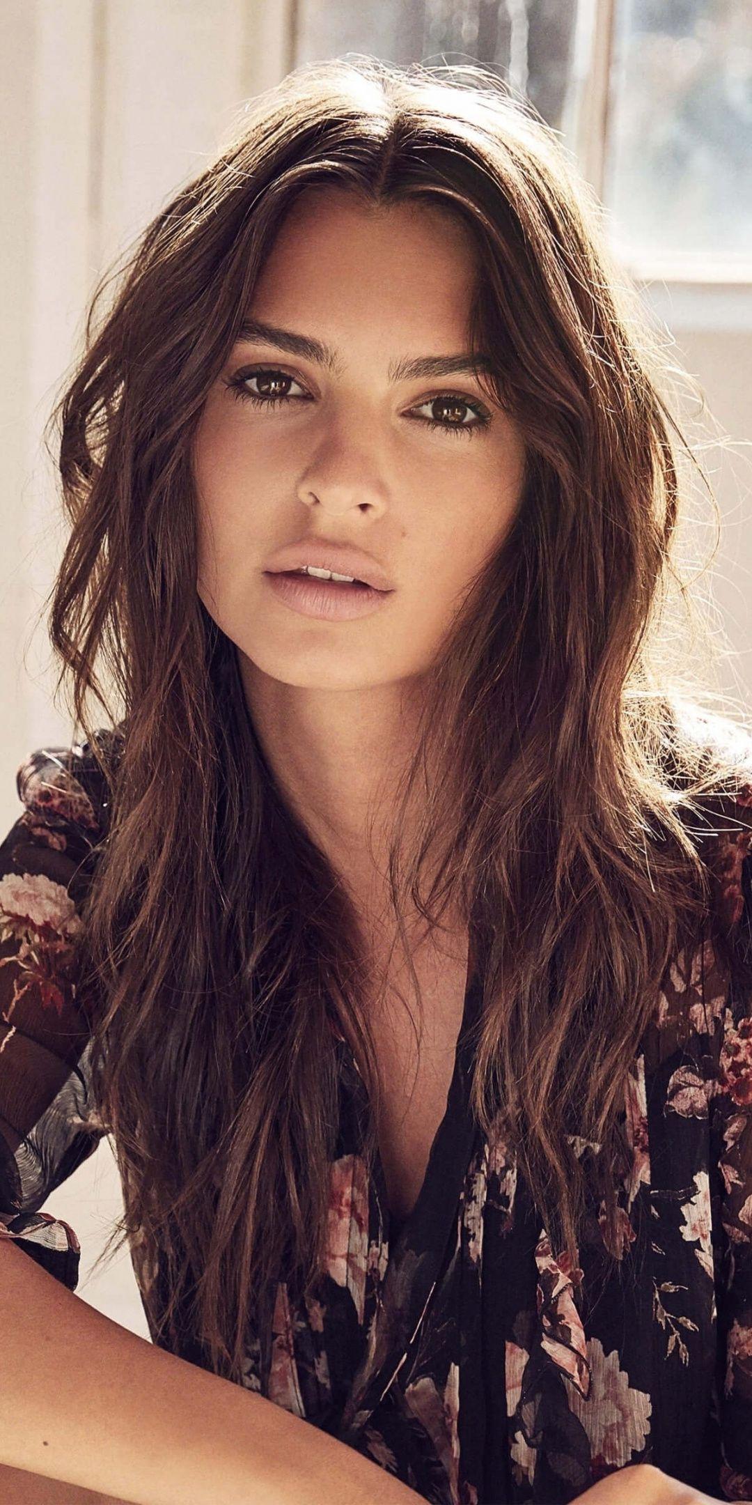 Pretty Emily Ratajkowski Fashion Model 1080x2160