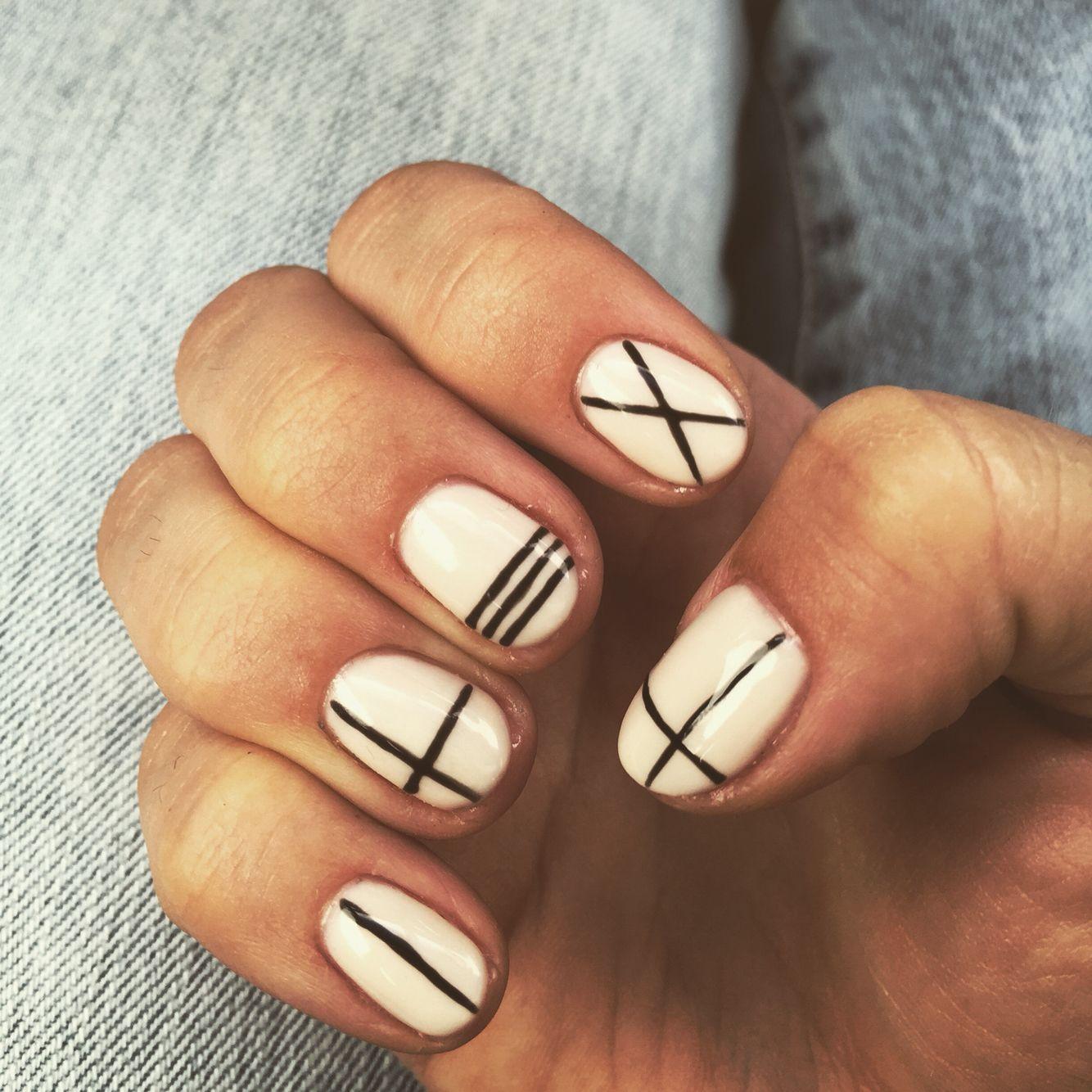Nail design! #lines #gelmani | fav. nails | Pinterest | Hair makeup ...
