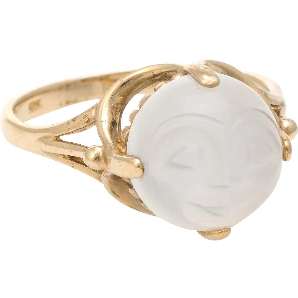 Title Man In The Moon Face Ring Vintage Moonstone 10 Karat Yellow Gold Celestial Jewelry 6 Price 695 Usd Categor In 2020 Celestial Jewelry Vintage Rings Jewelry