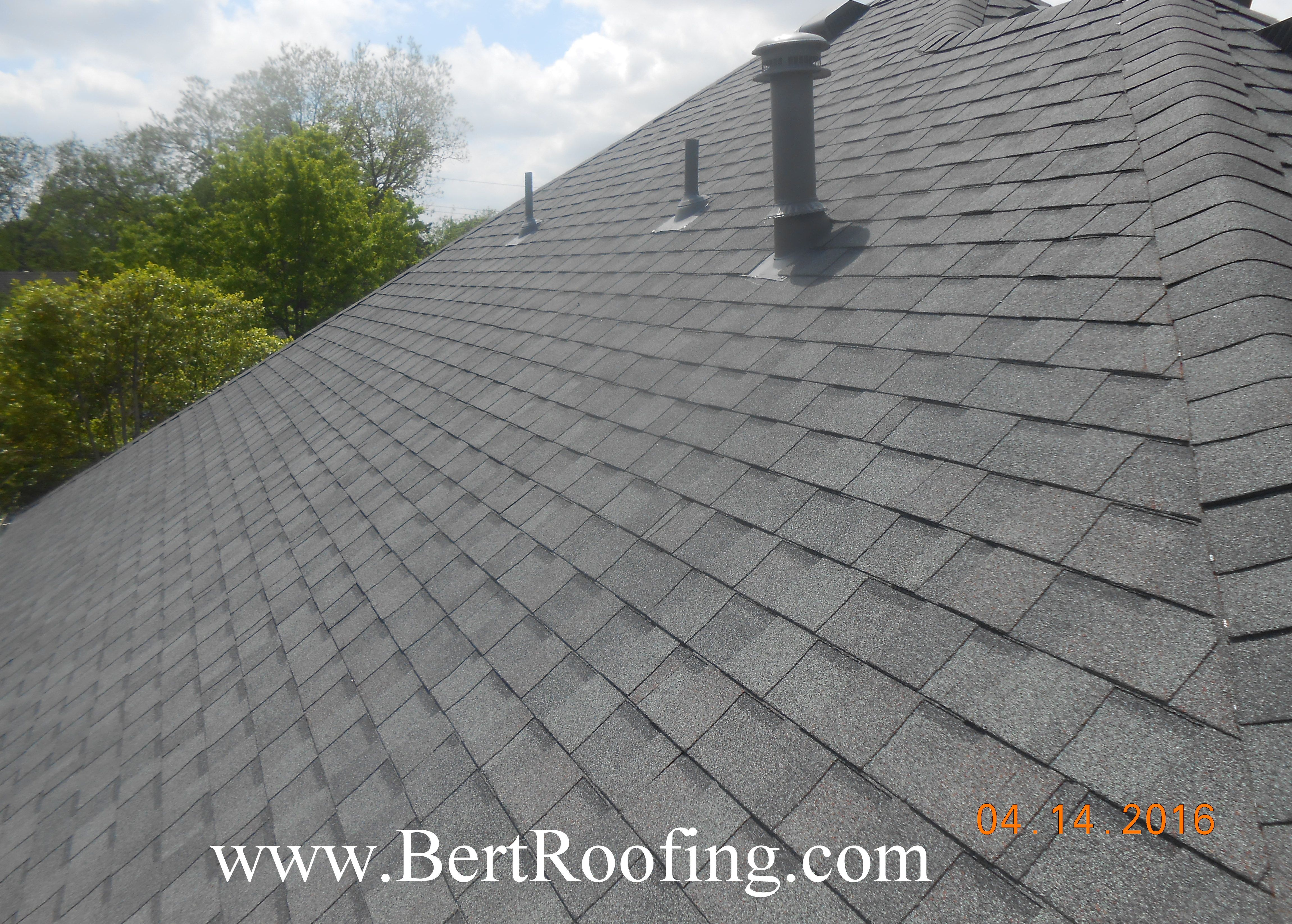 Certainteed Landmark Composition Shingle Color Colonial Slate Installed By Bert Roofing Inc Of Dallas In Sachse On April 2 Shingle Colors Roofing Roof Colors