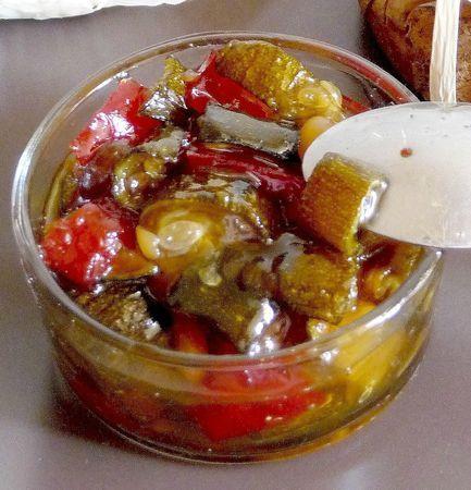 recette de la confiture de courgette zakka l gumes en bocaux pinterest chutney sauces. Black Bedroom Furniture Sets. Home Design Ideas