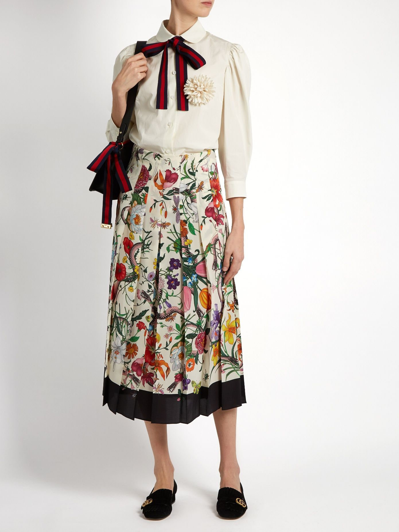 a5e218c25 Pin by Lamia Bajari on Midi skirt | Skirts, Gucci, Fashion