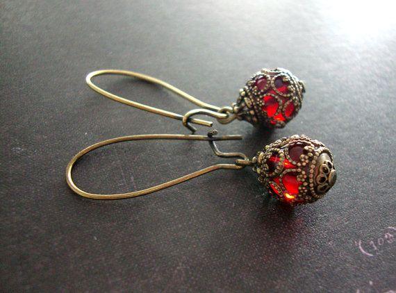 Romantische rote viktorianischen Ohrringe lange Ohr Draht | FILIGREE ...