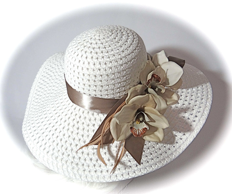 Kentucky Derby Hat Taupe White Sun Hat Women S Hats Etsy Derby Hats Kentucky Derby Hat Hats For Women