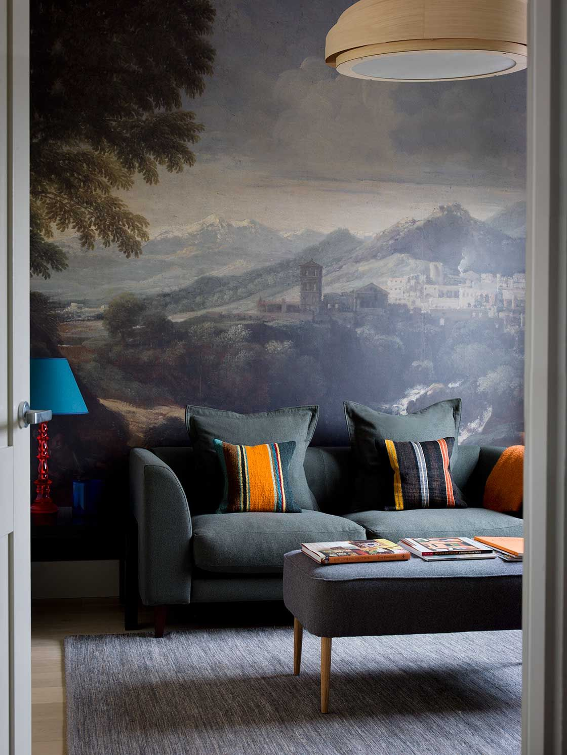 pin by catherine houston on wall 39 scapes papier peint parement mural peindre. Black Bedroom Furniture Sets. Home Design Ideas