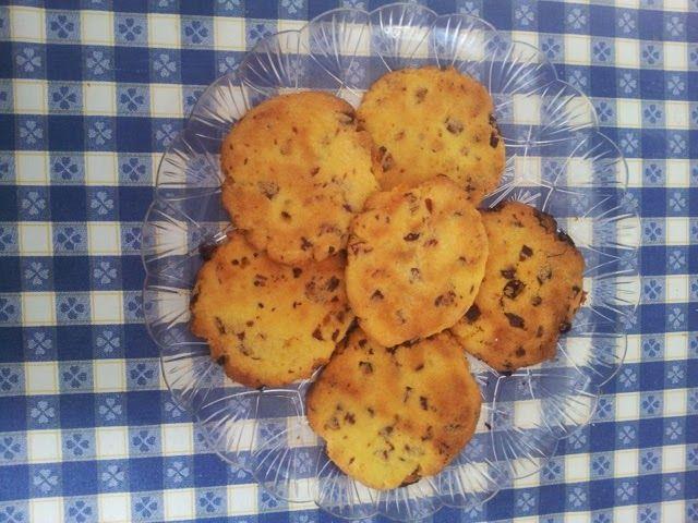 Cookies mirtilli e cioccolato http://ericaswelt.blogspot.it/2015/01/cookies-mirtilli-e-cioccolato.html