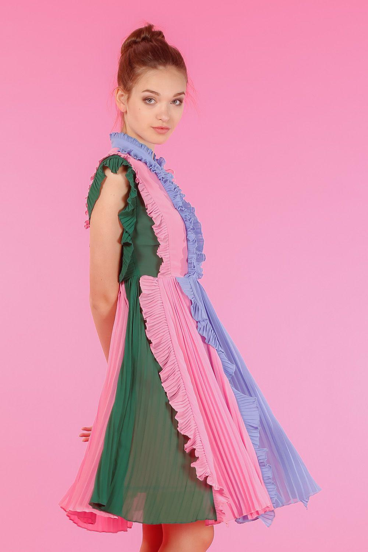 GELATO DRESS | Vestidos plisados, Tonos verdes y Plisado