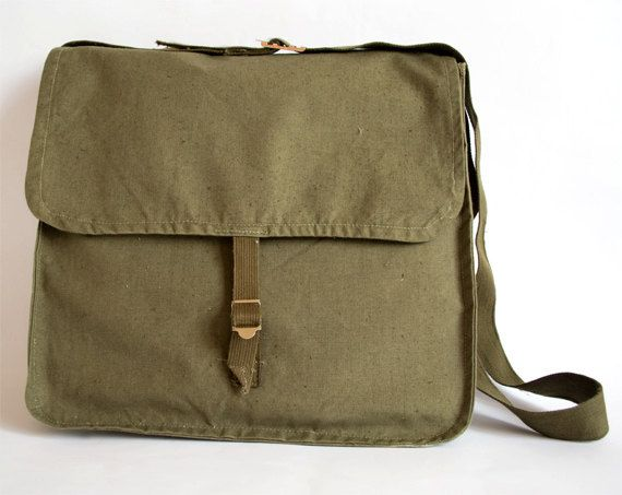 b8f3173261 Vintage Military Bag 1980s Green Canvas Messenger Bag